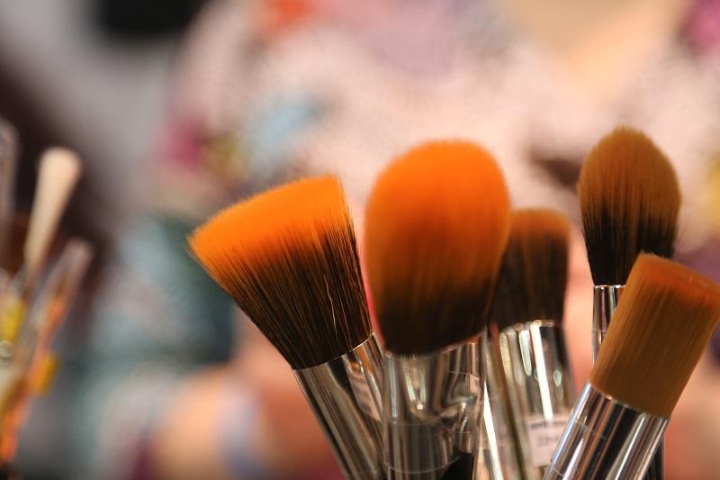 Szczoteczki do makijażu zestawy