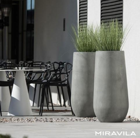 Nowe sadzarki ogrodowe Miravila